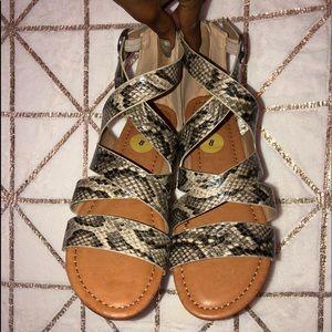 New report sandals